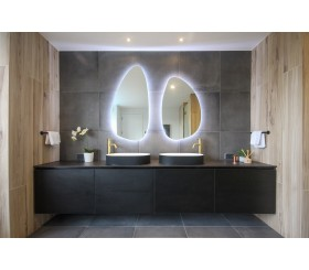 Shaped LED Mirrors Insitu